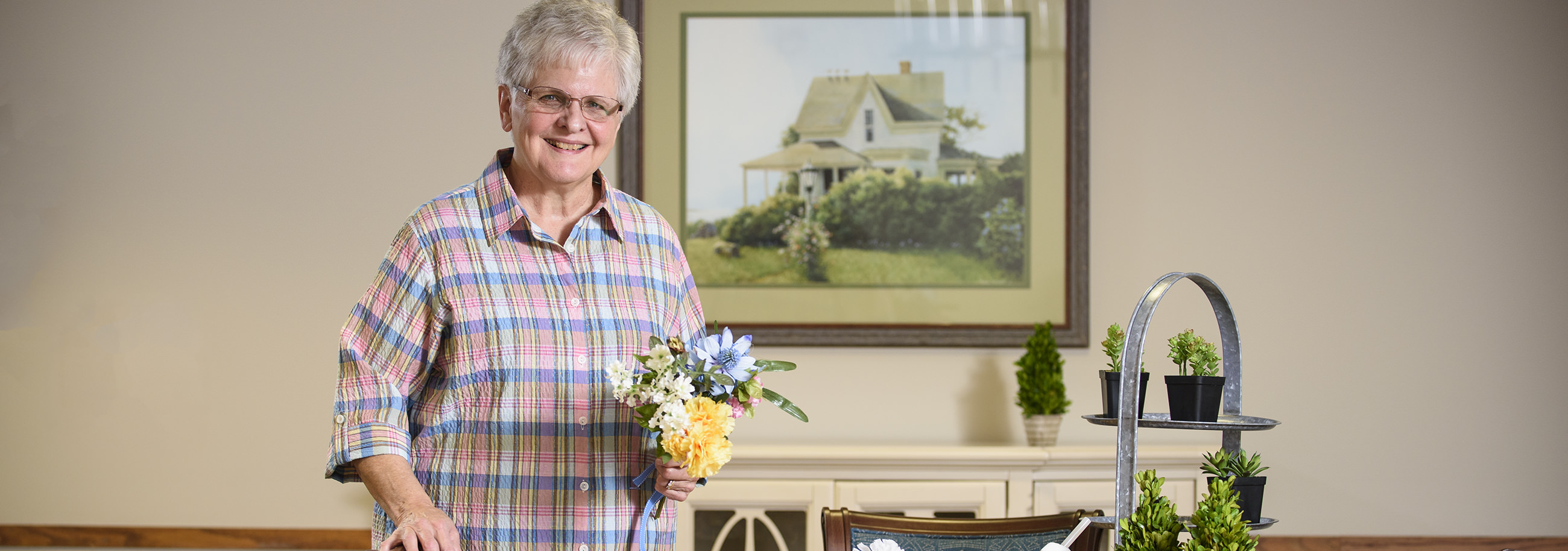 Gladys Kolb loves to serve other people. She volunteers in a variety of ways at Garden Spot Village including through Caring Connections and in Mountain View.
